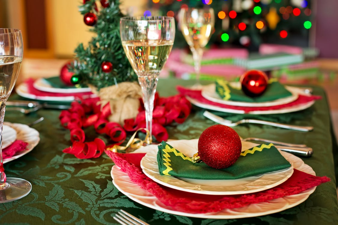 Dreamgate's Holiday Hosting Tips